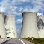 Speakezee Ep 9 – Spinning on Thin Ice, Exploding Batteries & Avoiding Nuclear Meltdown