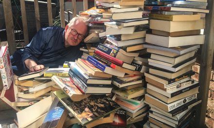 Robin Ince's 1000 Book Purge