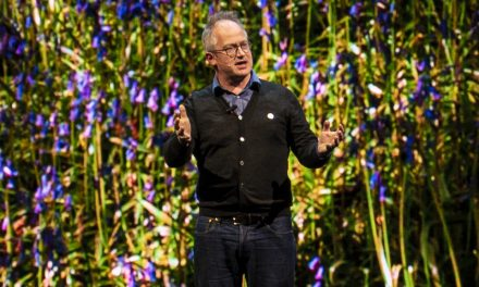 Anxiety in a Hong Kong Hotel at 5am – Robin Ince