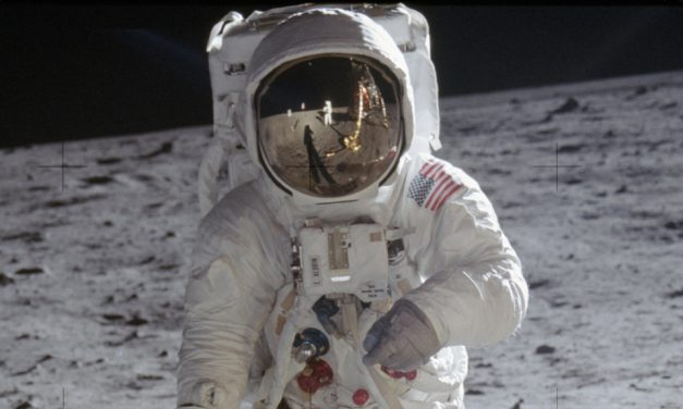 A Glimmer of Borderless Unity – On the 50th Anniversary of Apollo 11 – Robin Ince