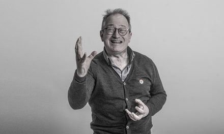 A Billion Thoughts – Robin Ince