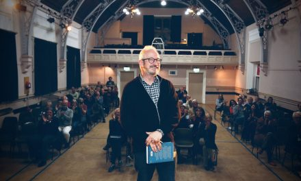 The Days Are Beginning to Blur – Robin Ince